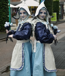 Hollandse Dames - living statue